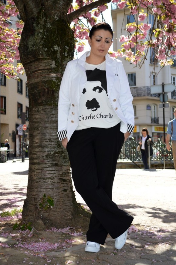 Blog mode tee-shirt romwe charlie chaplin et veste sammy dress en pied look down